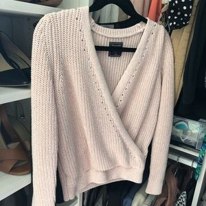 Abercrombie & Fitch - Pink wrap sweater S